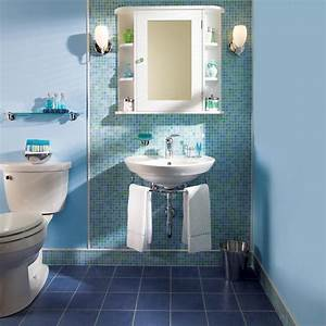 What is the difference between framed and frameless shower doors